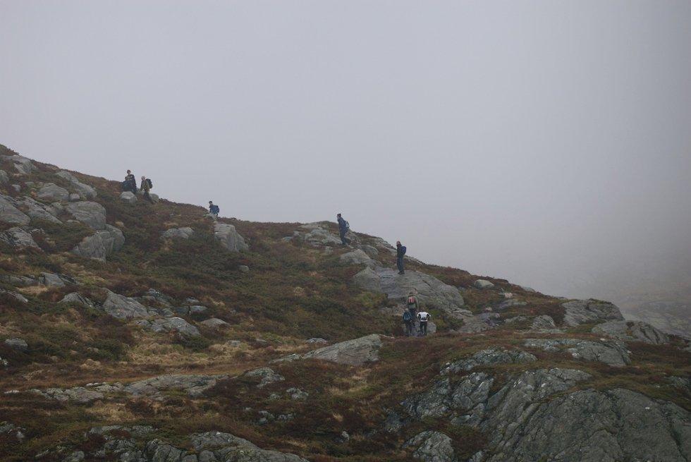 7-fjellsturen sett fra luften (20.05.2007). (Foto: Pål Bentdal/Svein-Jørgen Wiken)
