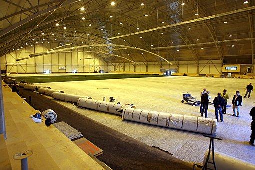 STOR: Den nye hallen er stor og vil bli en god arena for fotball vinterstid. (Foto: Kay Stenshjemmet)