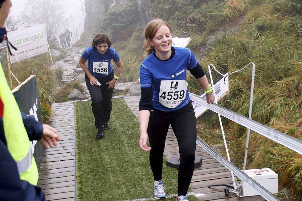 Aud-Marit Næss i klasse 18-34 år - i bakgrunnen Lorna Fredriksen i klasse 45-49 år. (Foto: Anders Mo Hanssen)