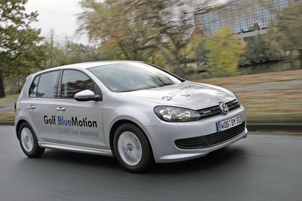 Andre generasjon Volkswagen Golf BlueMotion er på vei ut til norske forhandlere. Med 99 gram CO2-utslipp per kilometer er dette miljø-spydspissen blant Golf-versjonene.