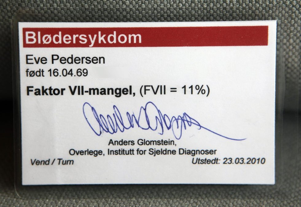 Dette kortet bærer Eve Pedersen med seg overalt.