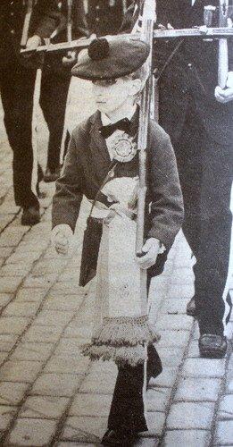 Fremad marsj! Bilde fra 17. mai 1983. (Foto: BA)