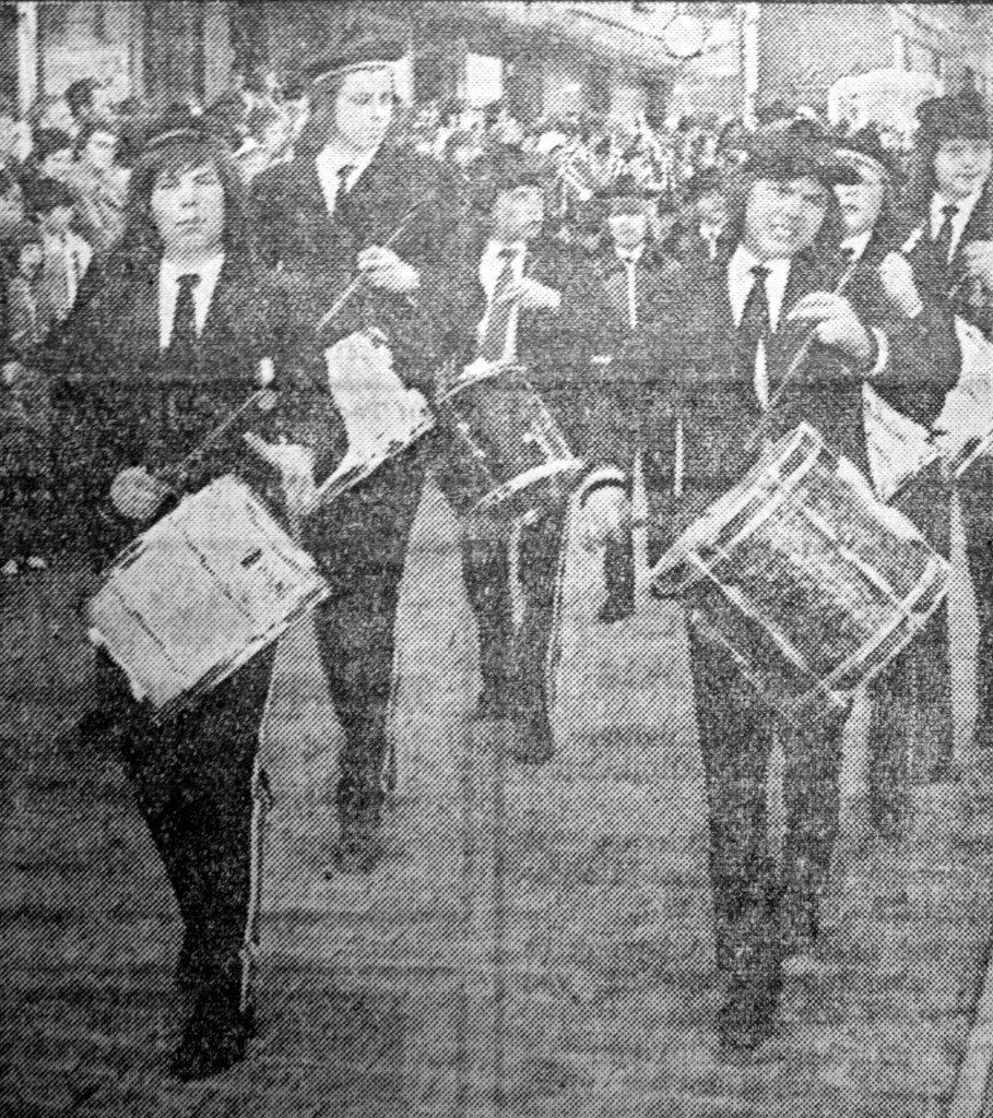 Jubilantene blant buekorpsene i 1973: Wesselengen. (Foto: BA)