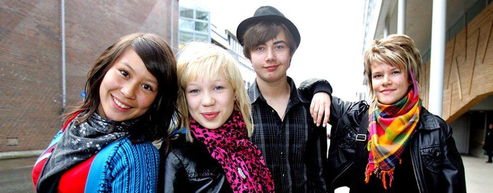 Fra lykkeligere dager. Nå er Alexander Touryguin og Viktoria Eriksen er byttet ut med to andre musikere foran BlackSheeps sommerturné.