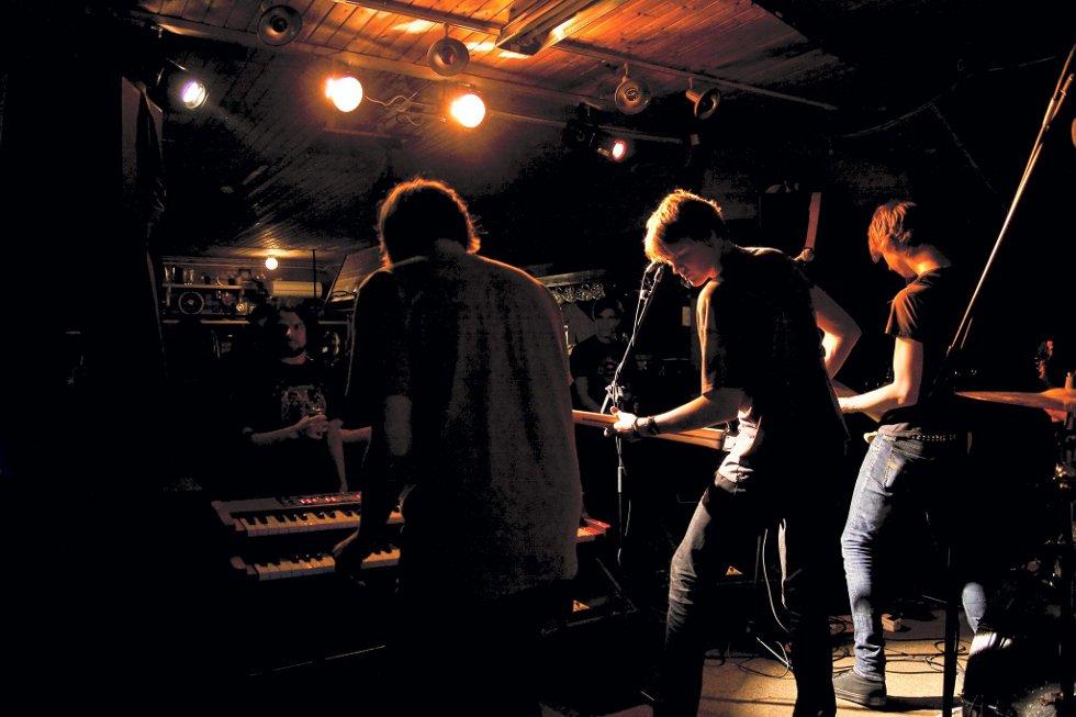 The Desibels fikk spille under Volumfestivalen. Bildet er tatt under Nordre Odalen Rockefestival i helgen.