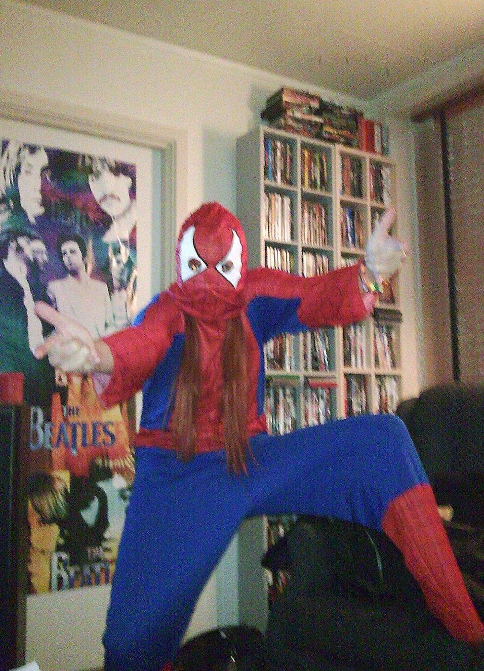 Spiderwoman! Klar for bursdagsfest, Heidi 28 år.