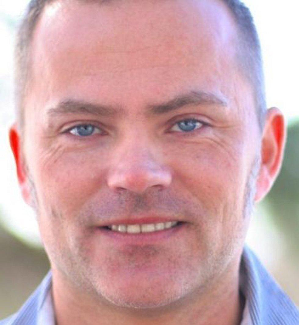 Geir      Hønneland     Forskningsleder Fridtjof Nansens Institutt og      professor II UiT