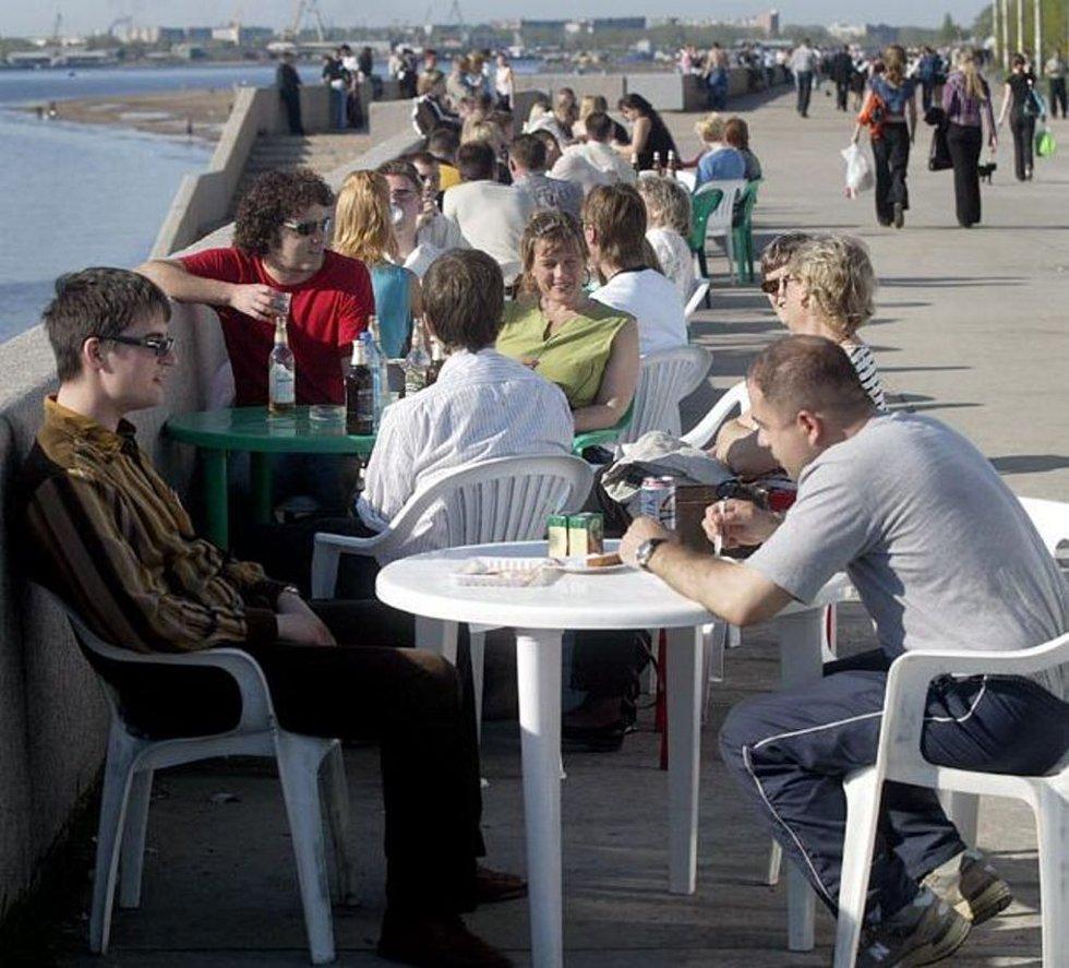 HOLDNINGER: Ro, orden og kjedsomhet er sentrale stikkord når innbyggere på Kola blir bedt om å gi sin karakteristikk og nordmenn. Illustrasjonsfoto: Yngve Olsen Sæbbe
