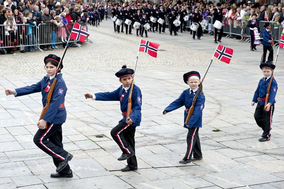 Ikke gamle gutter, men like fullt fin armsving og riktig takt på guttene fra Mathismarkens.  (Foto: Skjalg Ekeland)