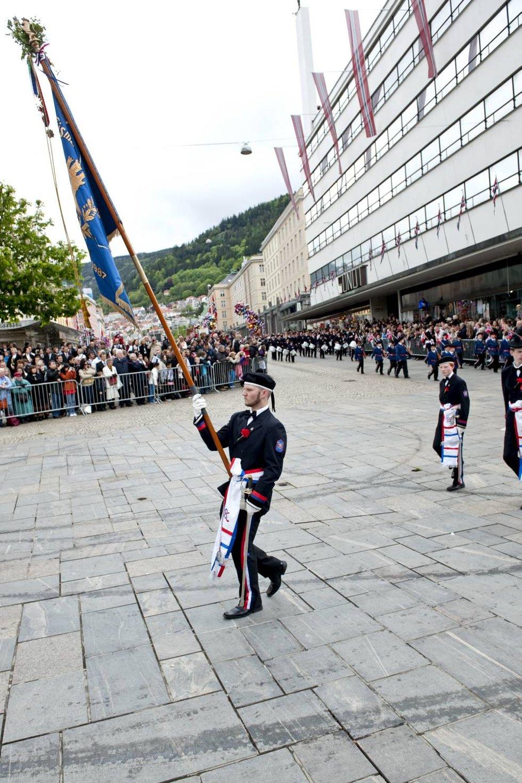Med 105 gutter på linje var Mathismarkens Bataljon byens største.  (Foto: Skjalg Ekeland)