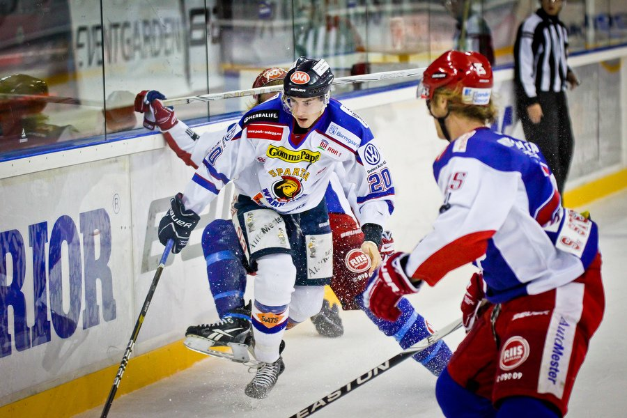 GET ligaen , Ishockey , 17.09.2010 , Jordal Amfi , Vålerenga v Sparta , Andreas Stene , Foto: Thomas Andersen (Foto: Thomas Andersen)