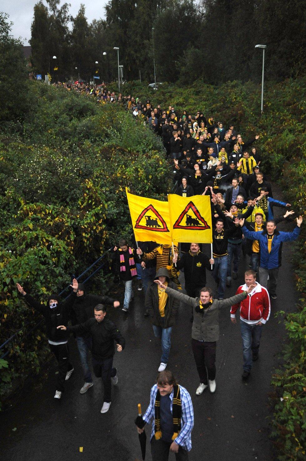 SNART FREMME: Gjengen har bare en undergang igjen før de er fremme på Åråsen. (Foto: Vidar Sandnes                   )