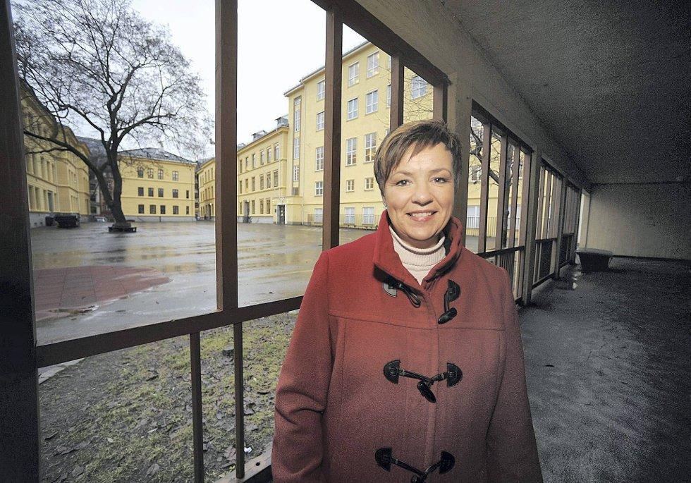 Sps skolepolitiske talskvinne Anne Tingelstad Wøien påpeker at en god yrkesfagutdanning er avgjørende for å få nok lærlingplasser og god nok grunnkompetanse i arbeidslivet.