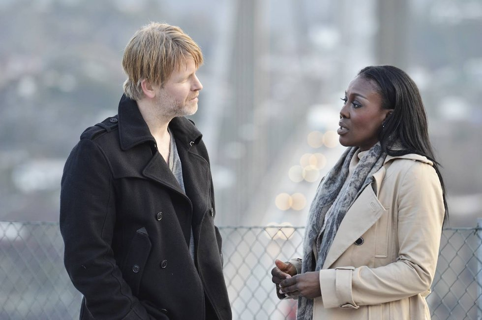 Trond Espen Seim og Fumi Desalu Vold spiller i den nye filmen om Varg Veum.