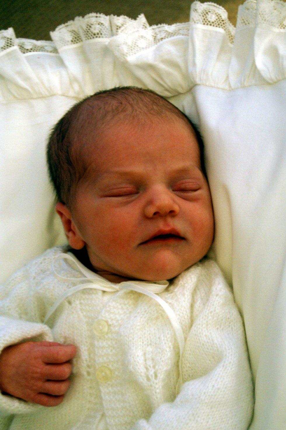 Prinsesse Estelle fotografert fire dager gammel.