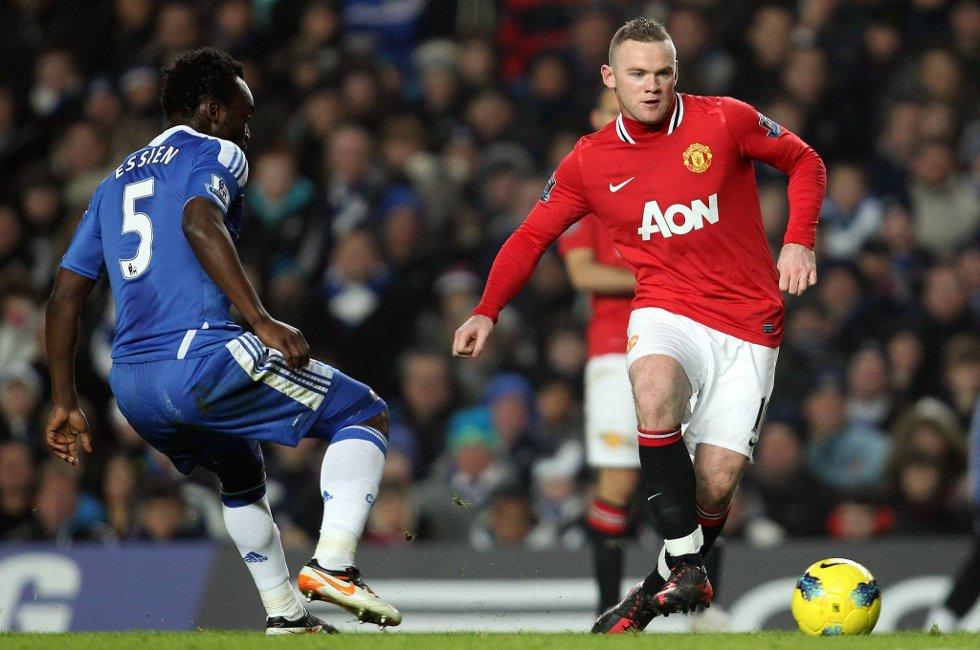 Wayne Rooney er tilbake på laget etter halsbetennelse.