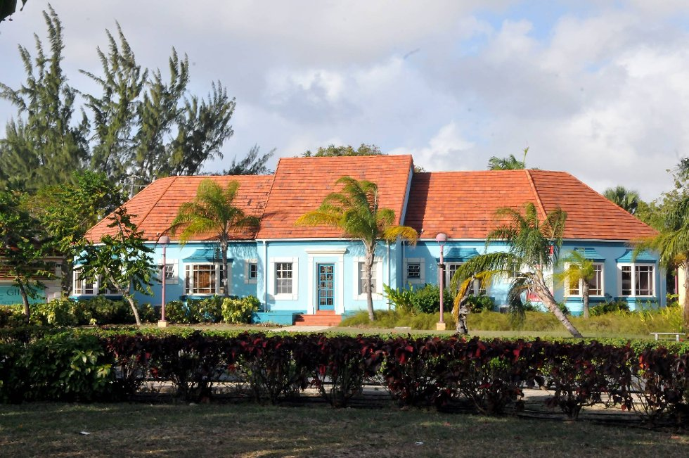 I små hus rett i utkanten av Bridgetown kan man få handlet lokal kunst og suvenirer. Et stilig og rolig område.  (Foto: Terje Alstad, ANB)