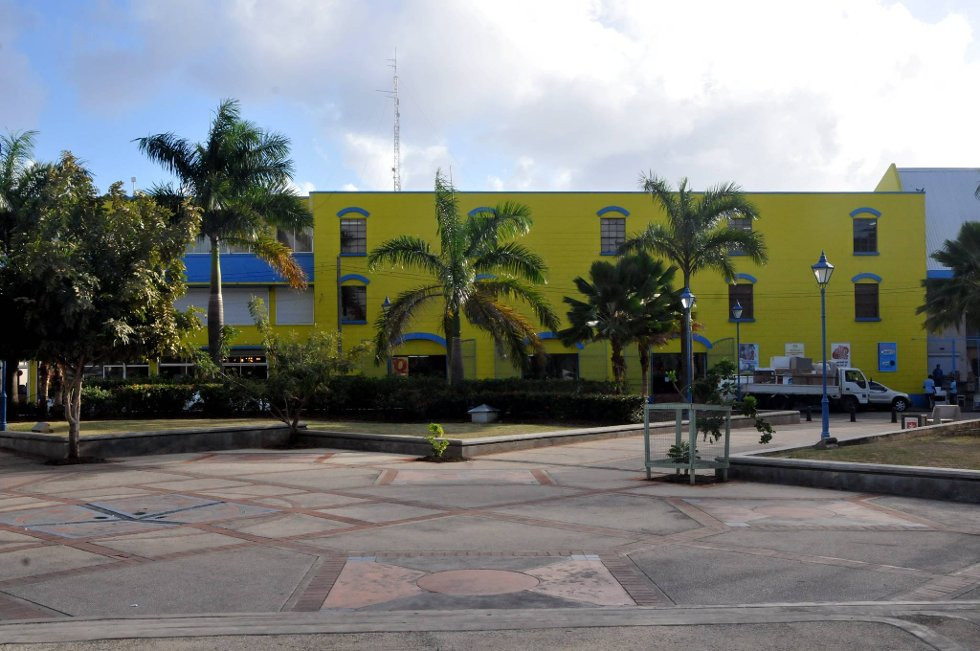 Kjøpesenter i Bridgetown. (Foto: Terje Alstad, ANB)