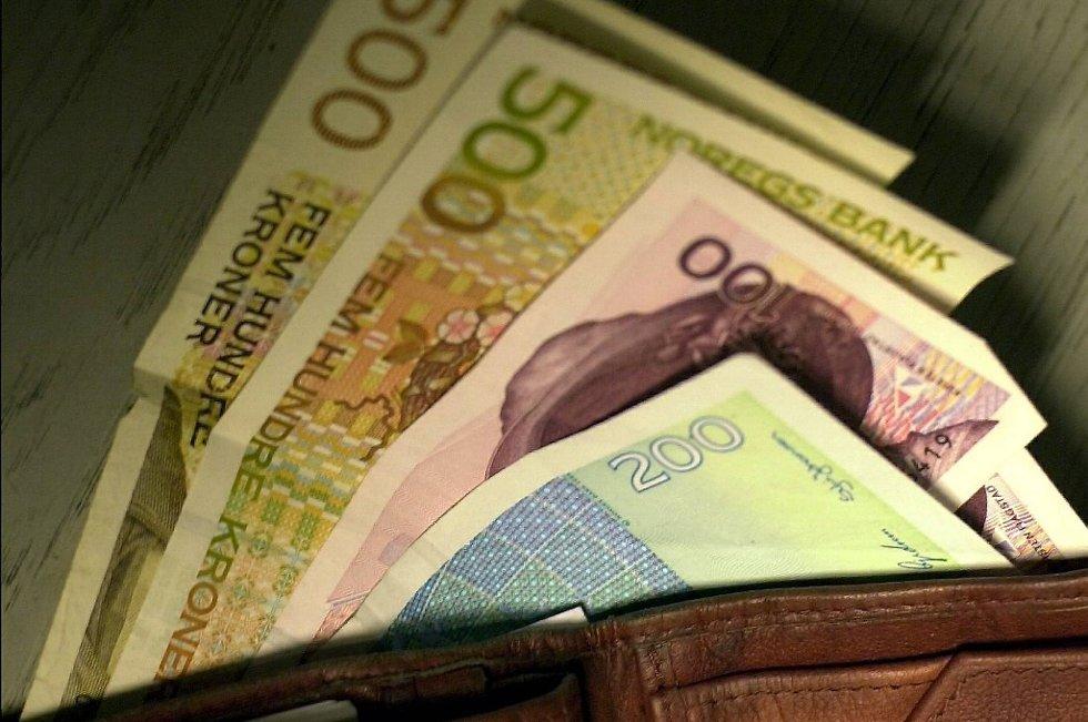 170.000 bankkunder skiftet i fjor ut sin hovedbank. Det viser en undersøkelse som TNS Gallup har gjort for Finansnæringens Fellesorganisasjon (FFO).