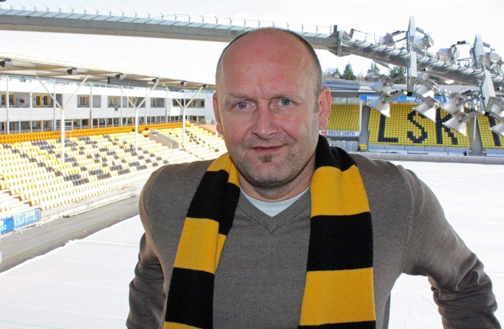 ENDELIG I MÅL: Markedsdirektør Robert Lauritsen kan i dag presentere en ny hovedsponsor. Foto: Morten Svesengen