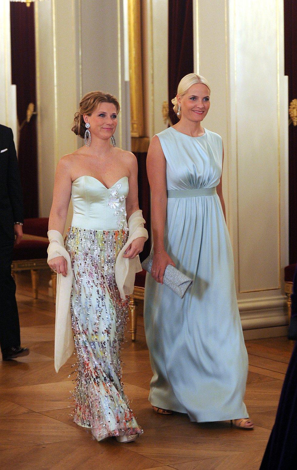 Prinsesse Martha Louise og kronprinsesse Mette-Marit.