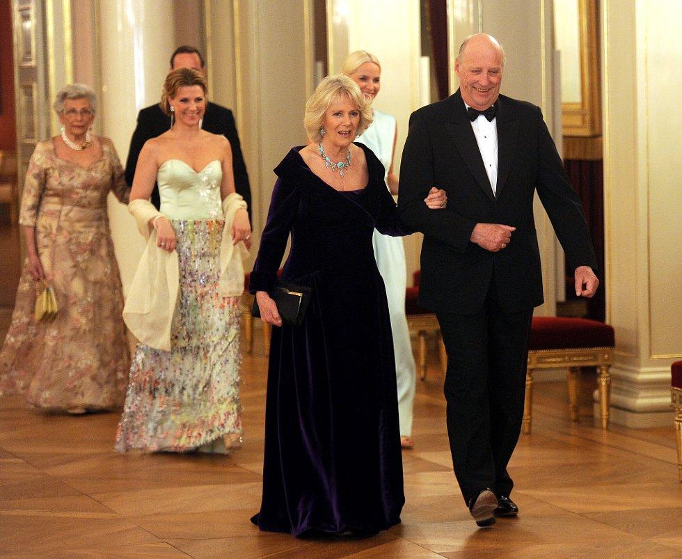 Kong Harald og Camilla.