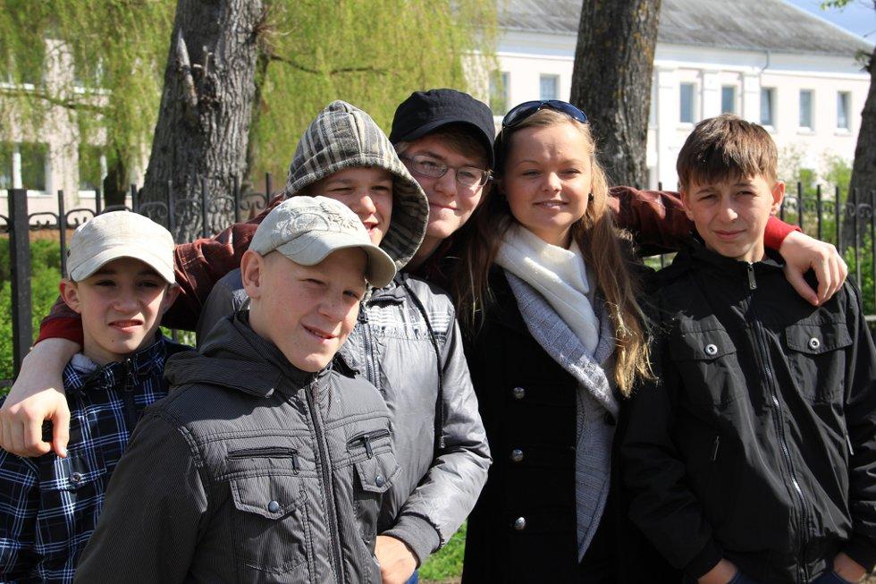 ÅRLIG BESØK: Fjorårselevene hadde en fin tur til Kaliningrad, og barnehjemsbarna syntes det var veldig gøy.