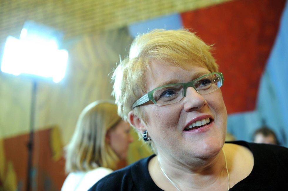 Jeg tror det er stor frustrasjon ute blant folk når de opplever at det ikke er mulig å påvirke helsepolitikken, sier Venstre-leder Trine Skei Grande.