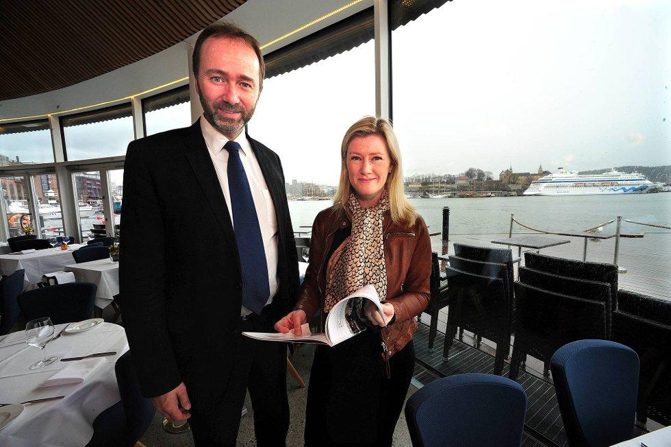 Nærings- og handelsminister Trond Giske presenterte regjeringens nye reiselivsstrategi sammen med Hilde Charlotte Solheim.