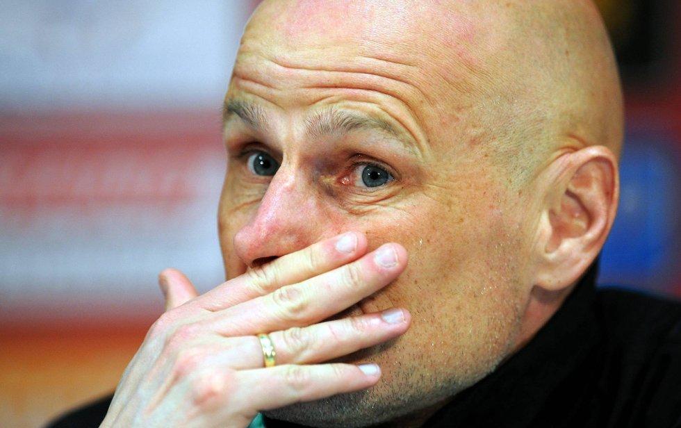 Ståle Solbakken fikk torsdag sparken fra Köln. Laget vant bare to av de 14 siste kampene under nordmannen.