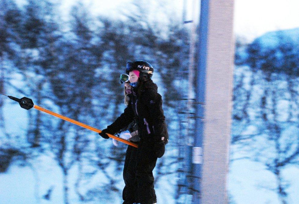 Alpinklubben fant ikke feil med skiheisen i Hammerfest etter at ei åtte år gammel jente brakk begge armene. Illustrasjonsfoto: Vegard R. Tapio