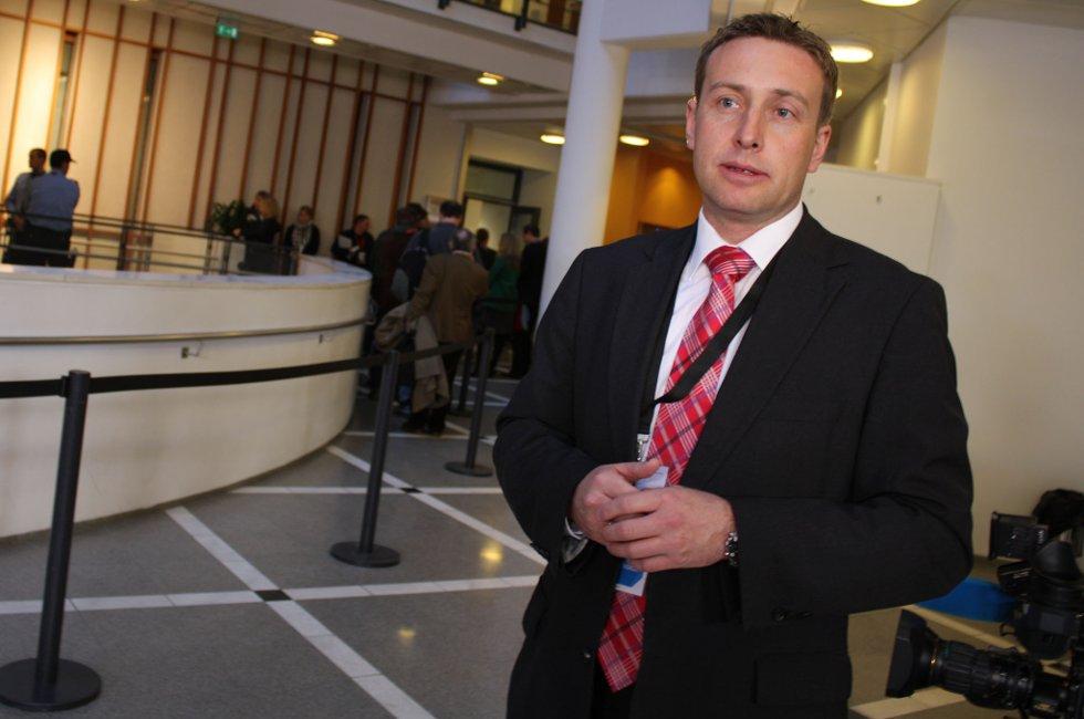 Lillestrøm-advokat Gard A. Lier sier hans klienter synes det er godt å komme i gang med rettssaken. FOTO: RUNE BERNHUS