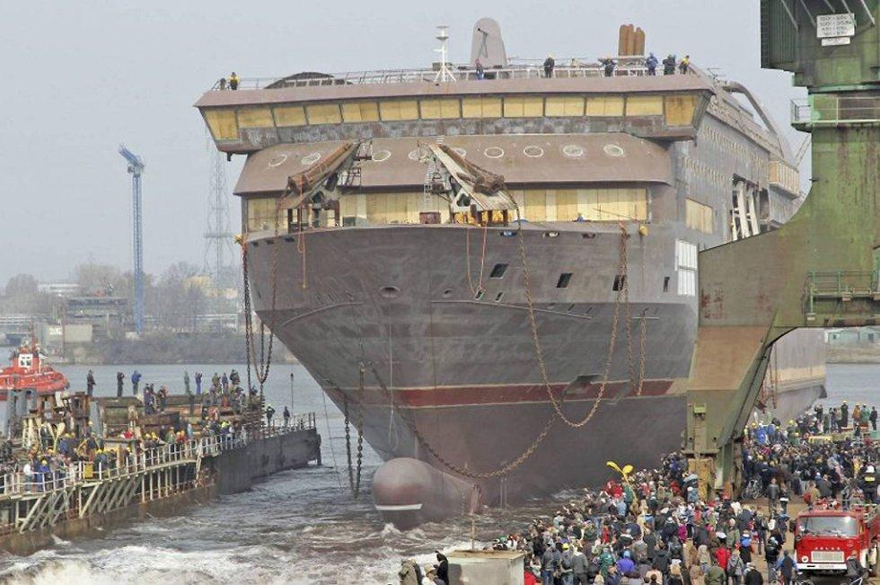 Her blir MS «Stavangerfjord» sjøsatt i Gdansk.