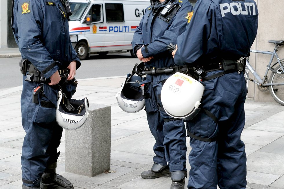 Politiet ønsker kontakt med vitner etter skyting i Ås.