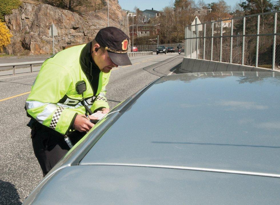 Kontakten med føreren gir en indikasjon på om man må følge opp med ytterligere undersøkelser.