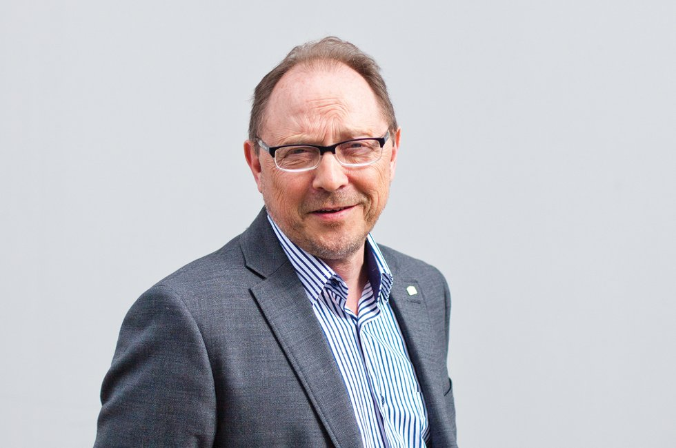 Leder i Vestvågøy Ap, Arne Reiersen, oppfordrer til stort oppmøte under 1.mai arrangement i Stamsund