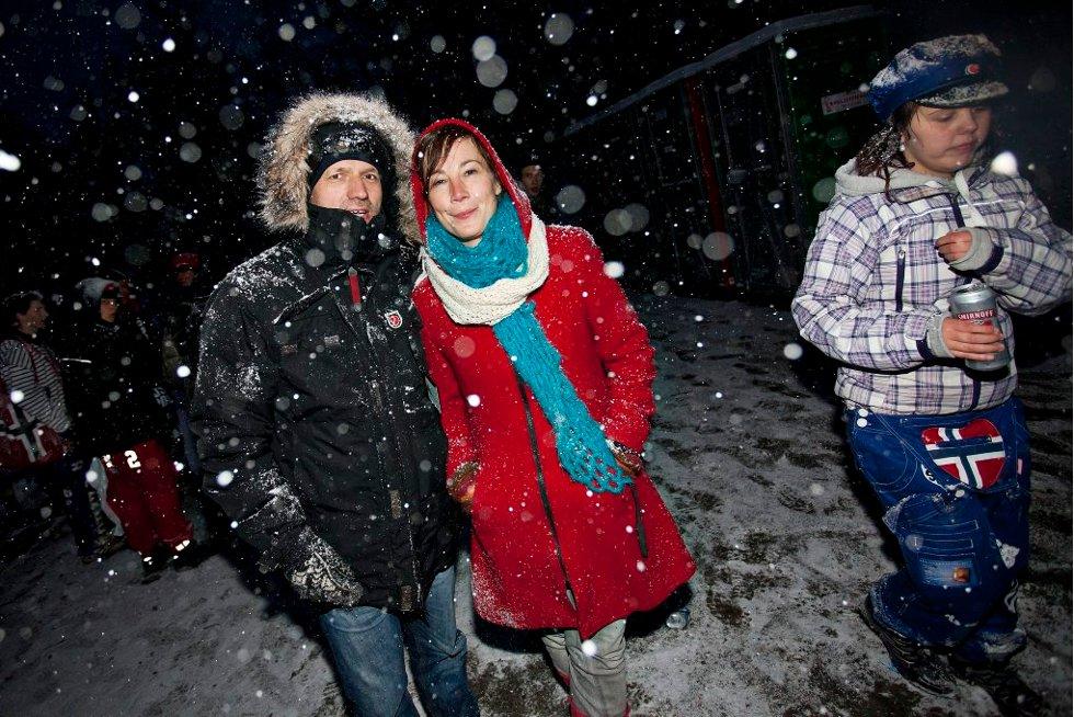 UTEKONTAKTEN: Leif-Are Angell og Marlene Bruun-Lauridsen fra Utekontakten passet på. (Foto: Vidar Dons Lindrupsen)