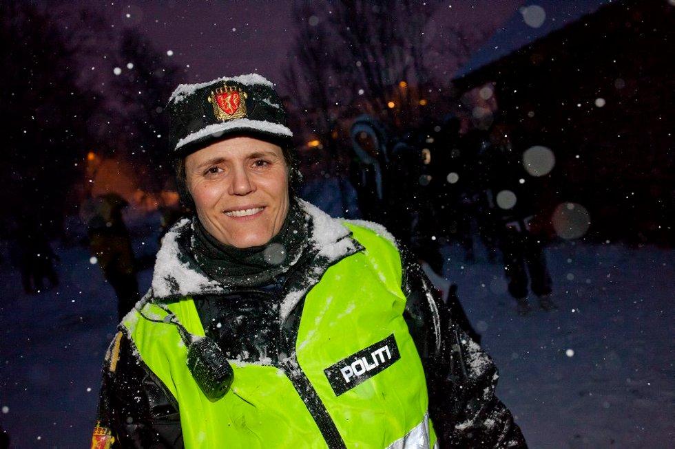 - NÅ DRAR DE FLESTE TIL BYEN: Noe operativ leder for politiets ungdomsgruppe, Anita Hermansen, ikke hadde noe i mot. (Foto: Vidar Dons Lindrupsen)