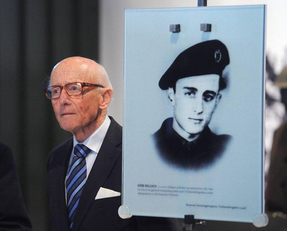 Tidligere statsminister Kåre Willoch deltok på veterandagen tirsdag.