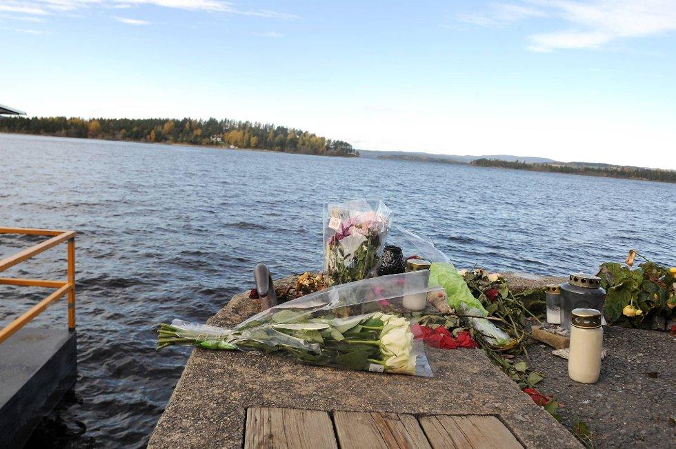 Båtfører Oddvar Hansen sier det var vanskelig å velge hvem han skulle prioritere å ta med i båten da han forsøkte å redde ungdom som hadde lagt på svøm fra Utøya.