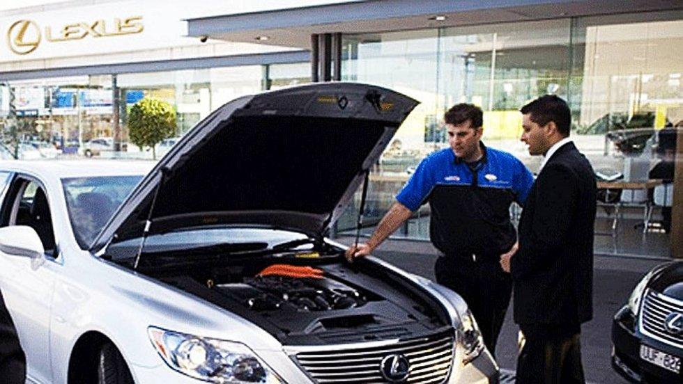 Å sette bilen på verksted er noe de færreste gjør med glede, men noen kunder er langt mer fornøyd enn andre.
