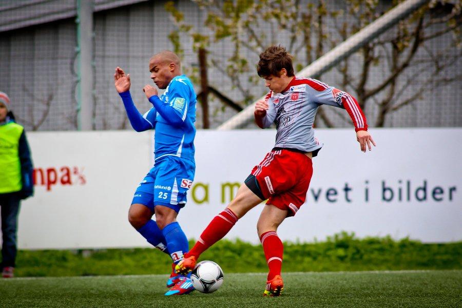 Adeccoligaen , Fotball , 13.05.2012 , Strømmen Stadion , Strømmen v Sarpsborg 08 , Glenn Roberts , Foto: Thomas Andersen (Foto: Thomas Andersen)