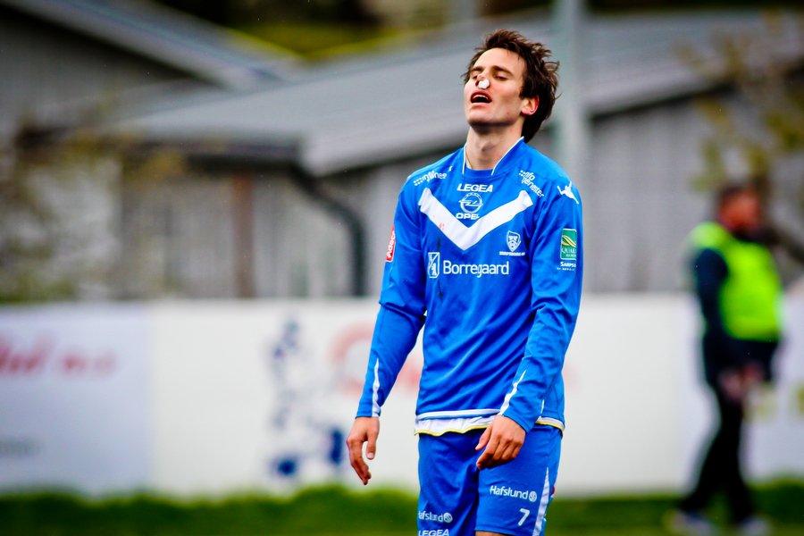 Adeccoligaen , Fotball , 13.05.2012 , Strømmen Stadion , Strømmen v Sarpsborg 08 , Martin Wiig depper , Foto: Thomas Andersen (Foto: Thomas Andersen)