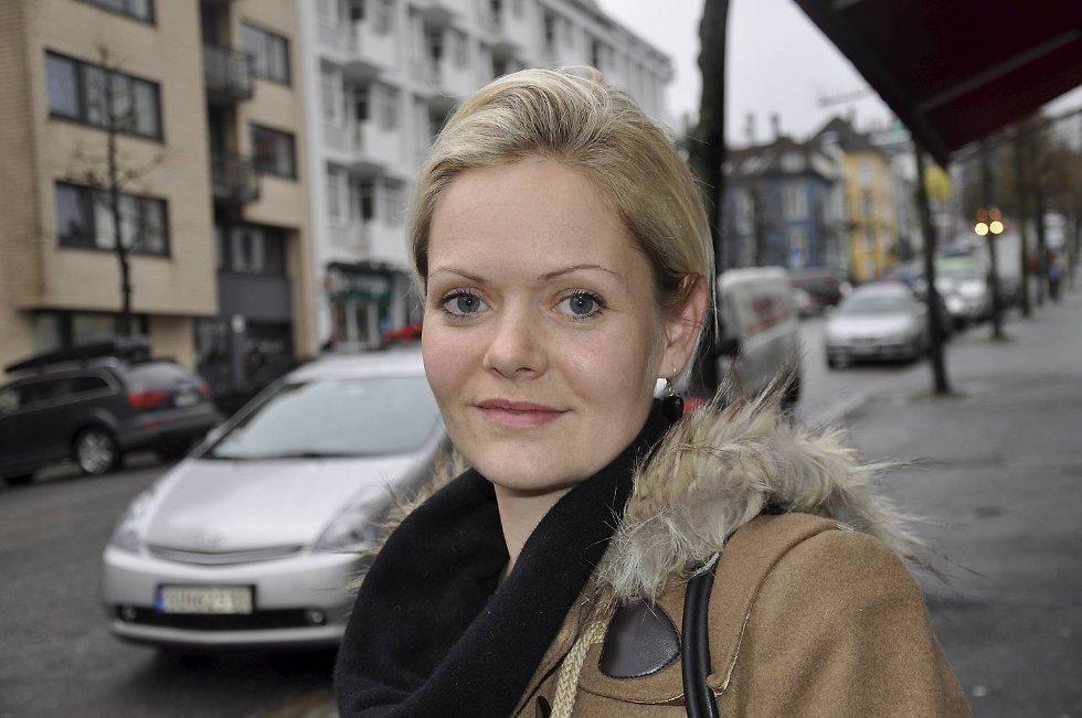 Aina Heldal Bøe samler inn penger til familien.