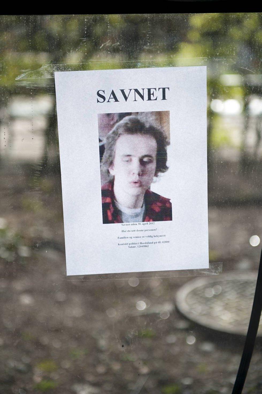 Per Kristian Slåttli er savnet - plakater / flyveblad er hengt opp rundt i byen.