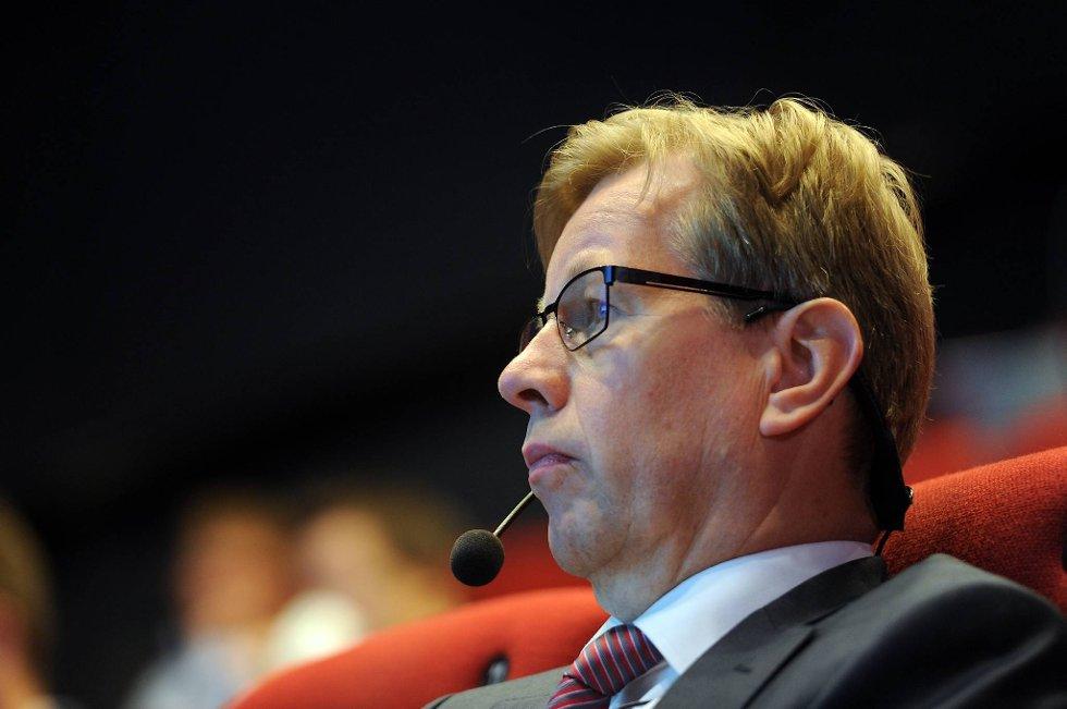 Trond Brandsrud, finansdirektør i Aker ASA, må konstatere at selskapet leverte et dårlig kvartalsresultat.