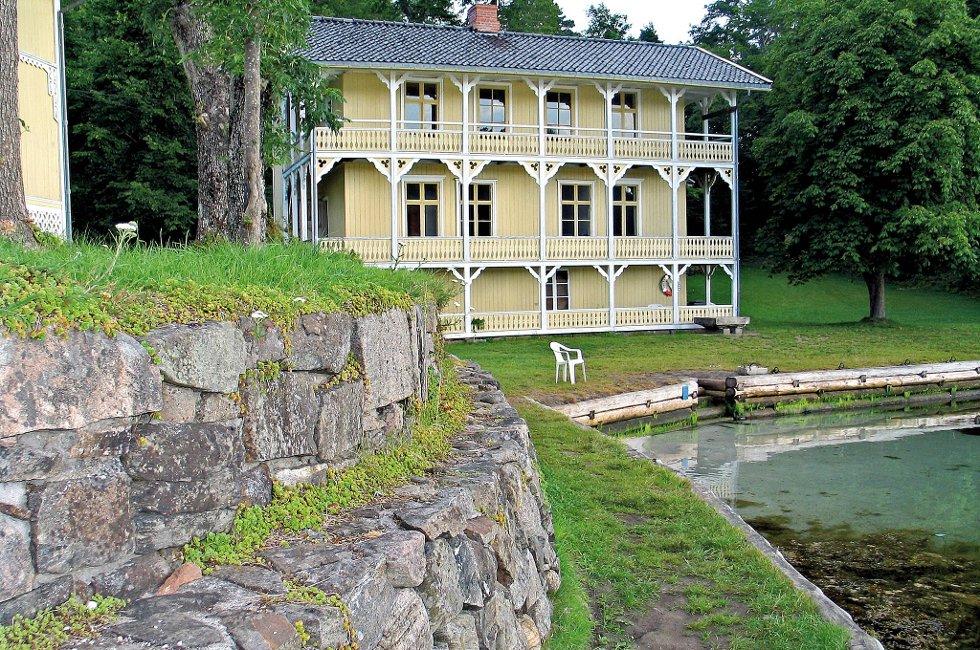 Furøya kan bli solgt til private.