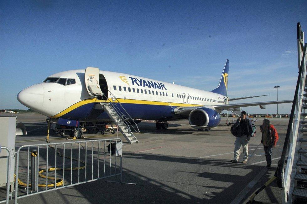 Flyselskapet Ryanair understreker at det ikke har noen planer om å forlate Norge.