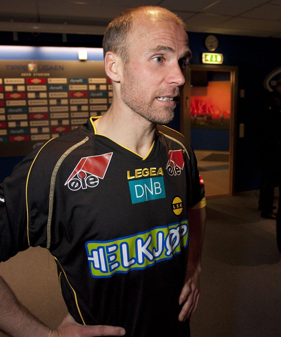 PÅ KURS: Steinar Pedersen har kommet inn på UEFAs A-lisenskurs. Det betyr at han er mister kampen mot Sandnes Ulf 30. juni.      FOTO: NTB SCANPIX