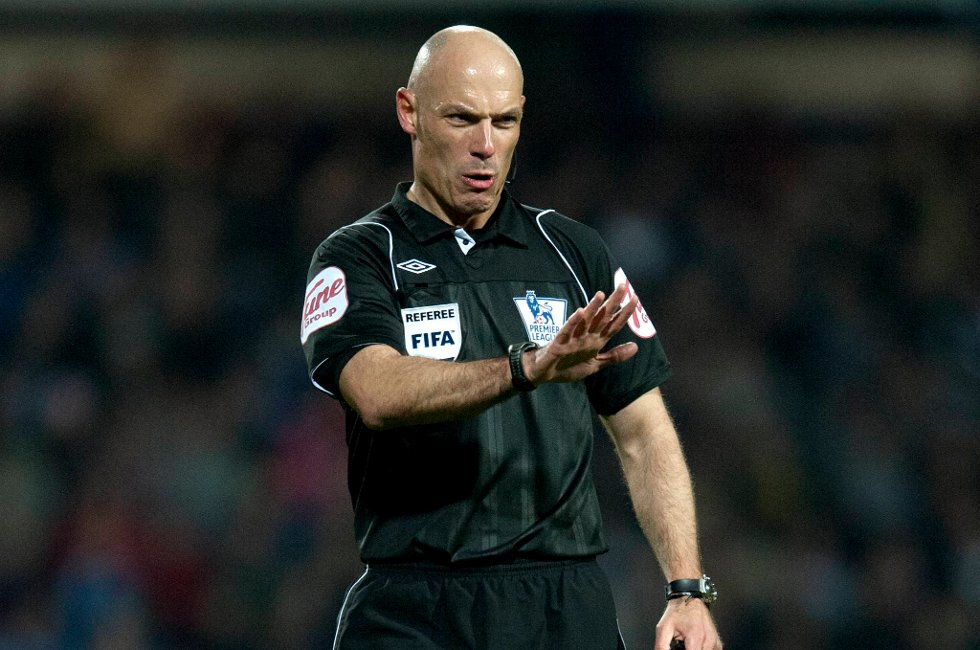 Howard Webb er klar for EM-sluttspillet i Polen og Ukraina.